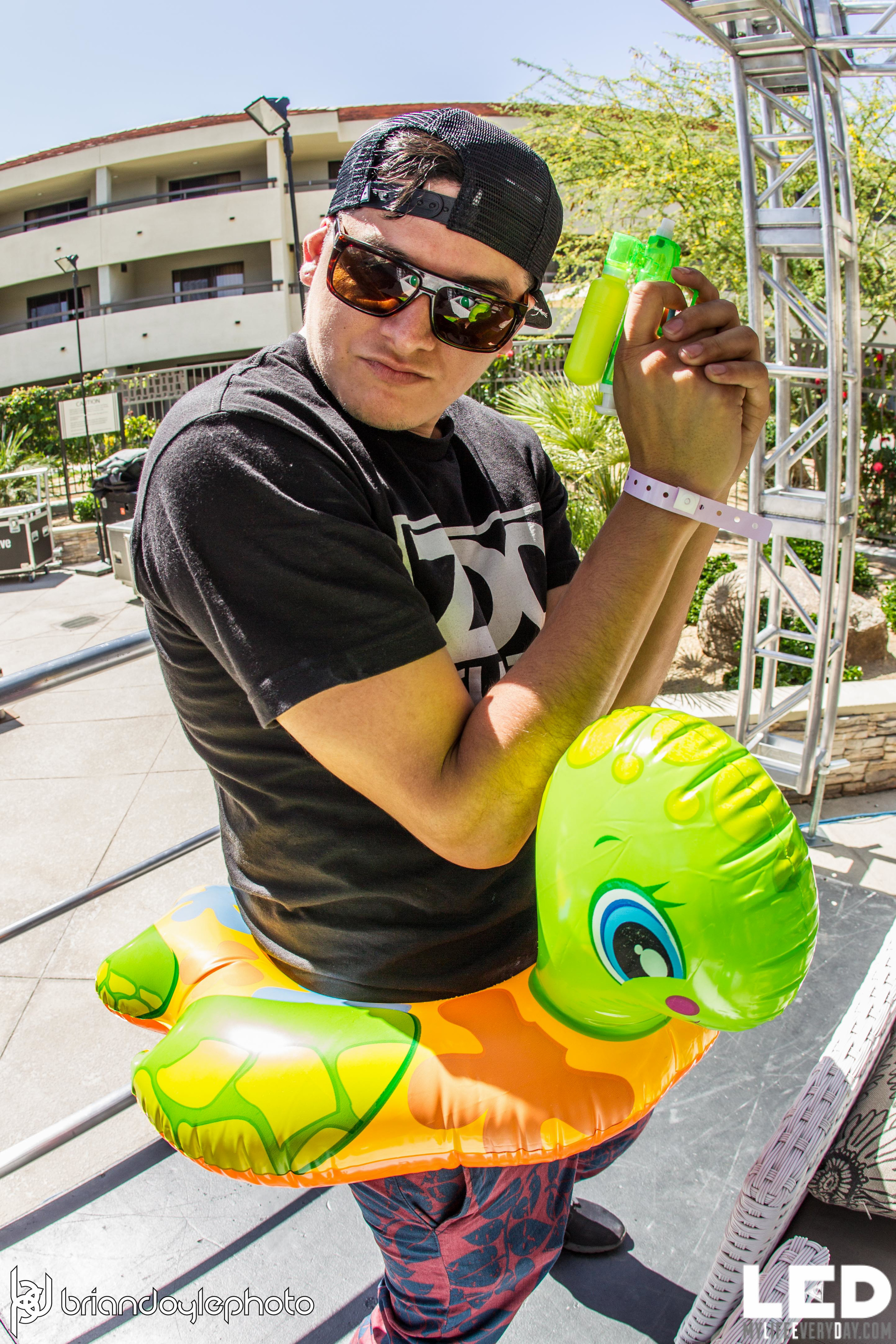 LED Day Club Day 2  Deorro and Chris 04.10.2015-73.jpg