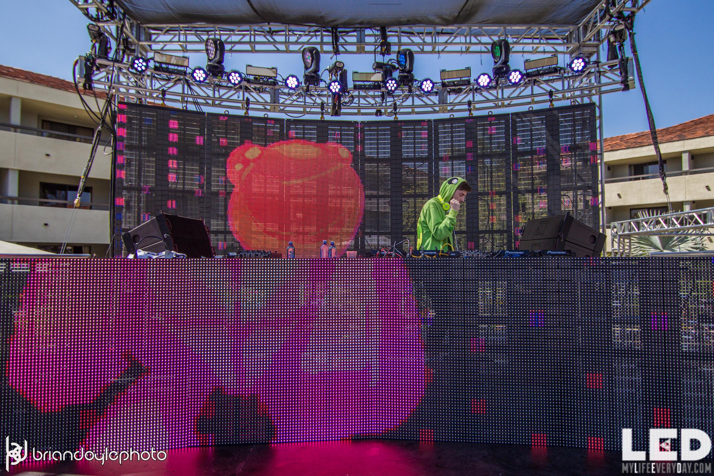 LED Day Club Presents Odesza 04.11.2015-28.jpg