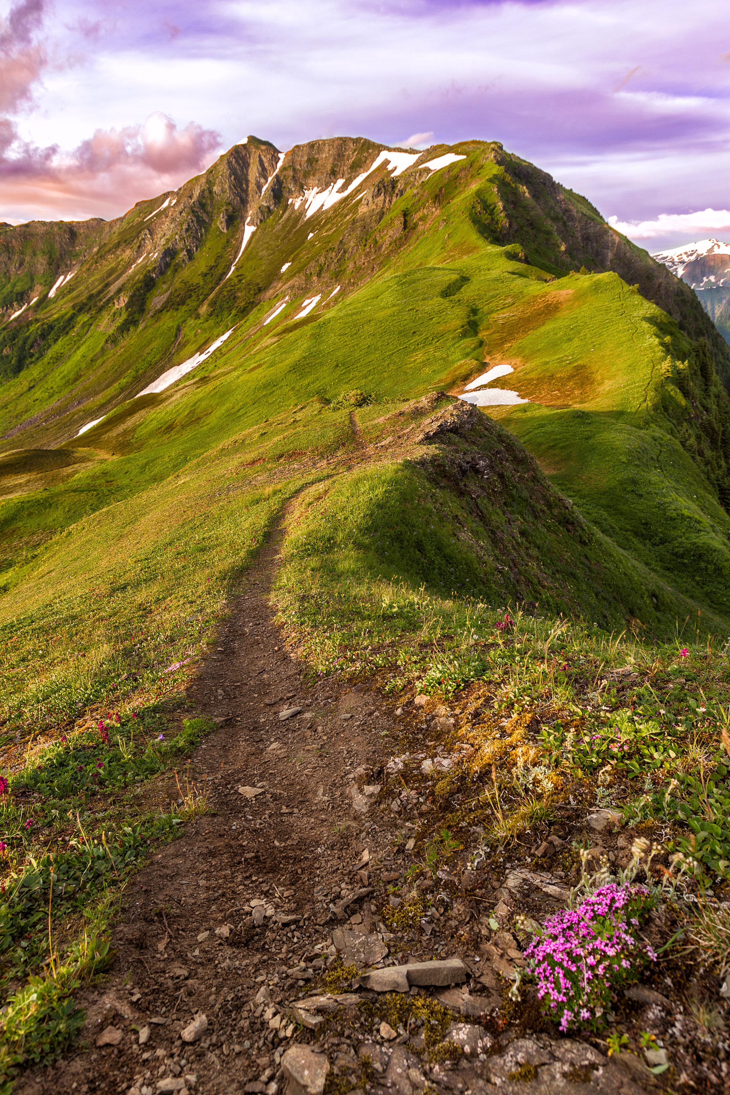 Thunder-Mountain-Peak.jpg