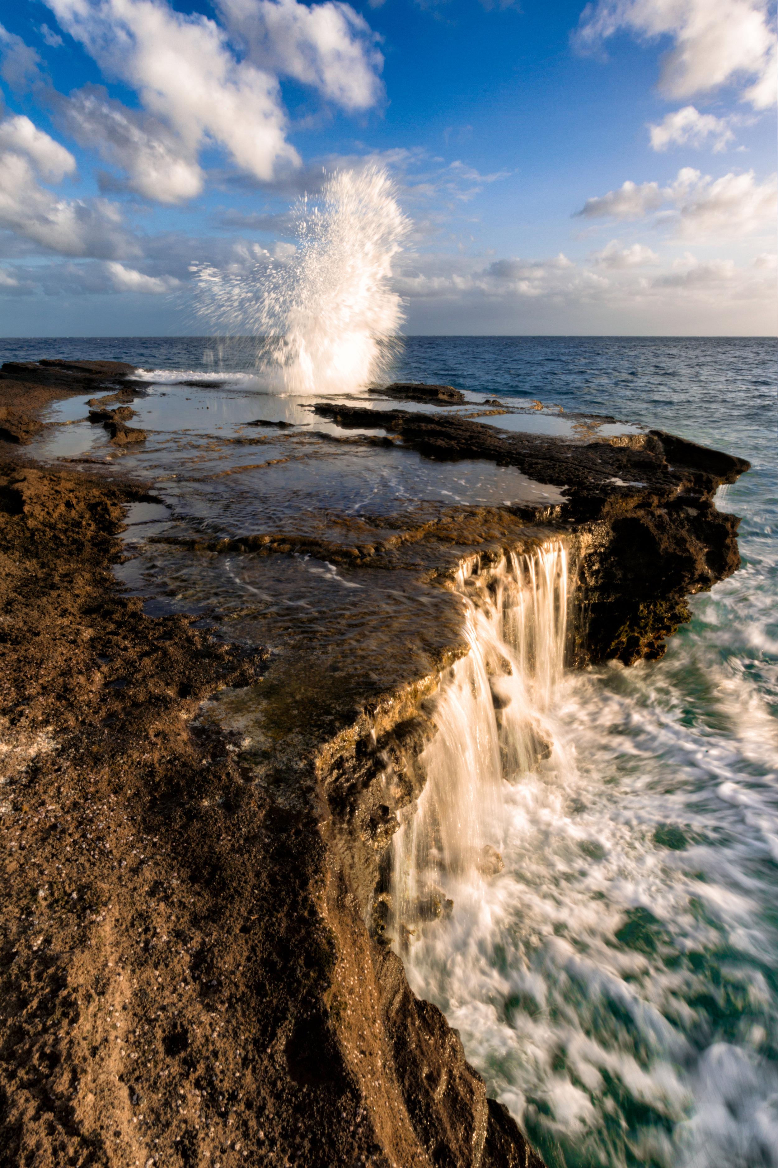 H-_Stills_Landscape-&-Wildlife_Hawaii_China-Walls_Temp_Water-Spalsh-Sunset-Clean.jpg