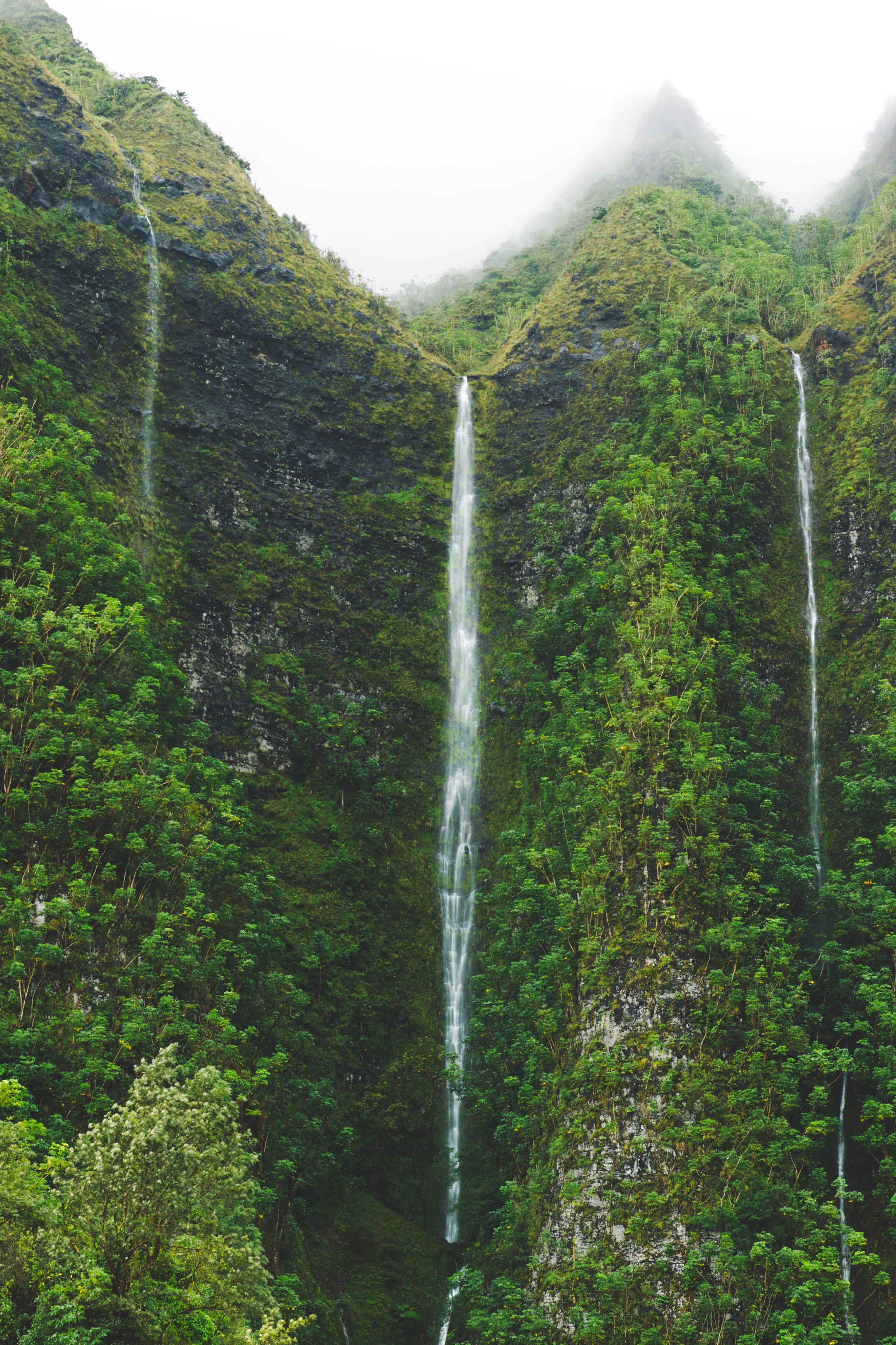 Large-Middle-Waterfall-Vert.jpg