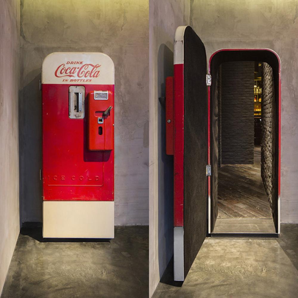 Flask & the Press, Shanghai, Secret Entrance