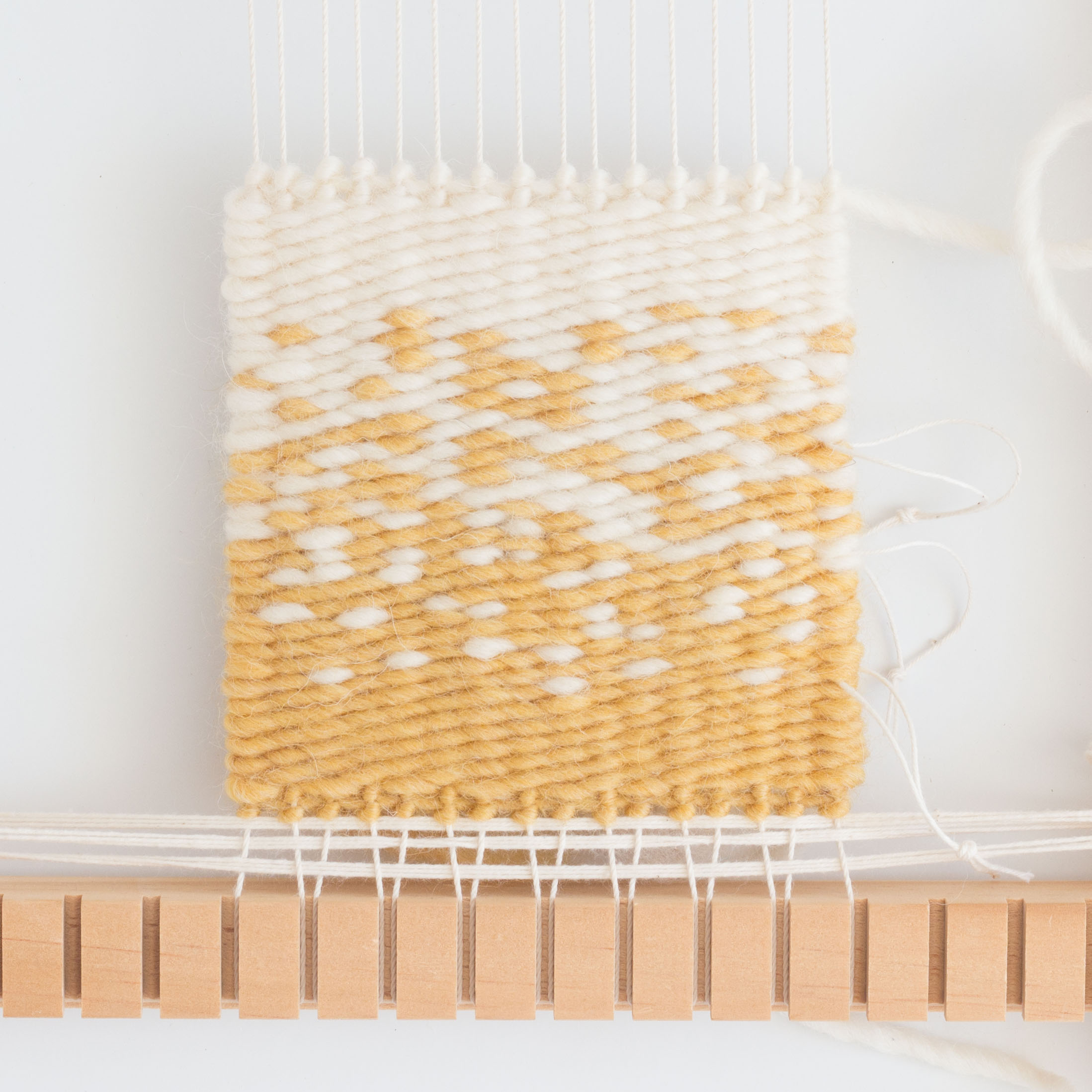 Loom & Spindle - Colour Transitions Tapestry Workshop