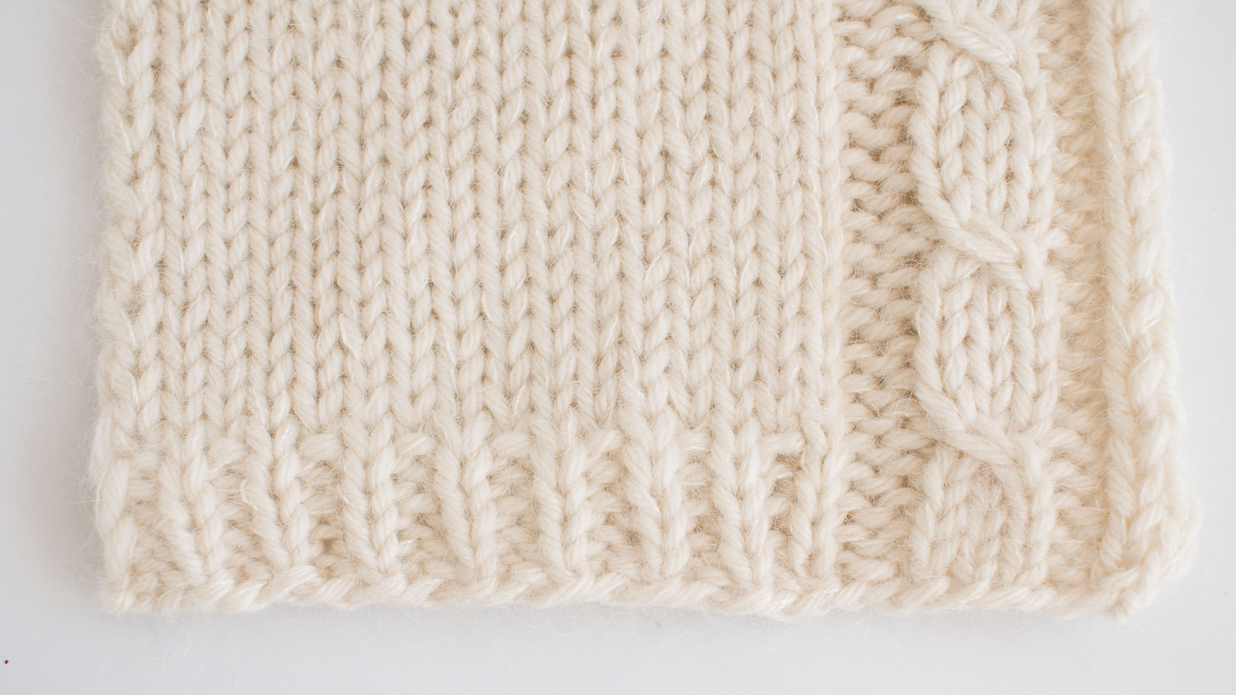 Loom & Spindle - Grace pullover Swatch-3.jpg