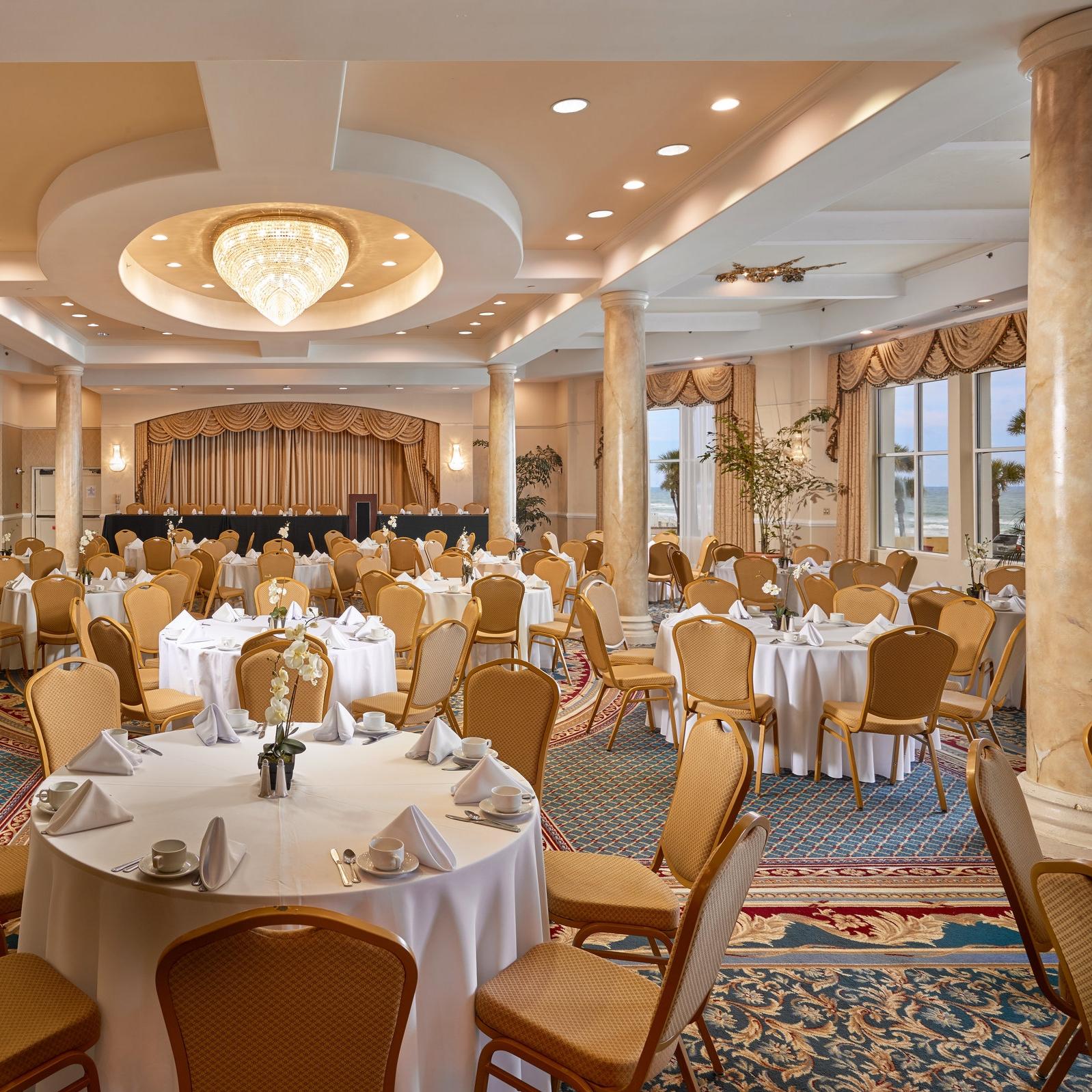 Plaza_Ballroom-C-Banquet 1.jpg