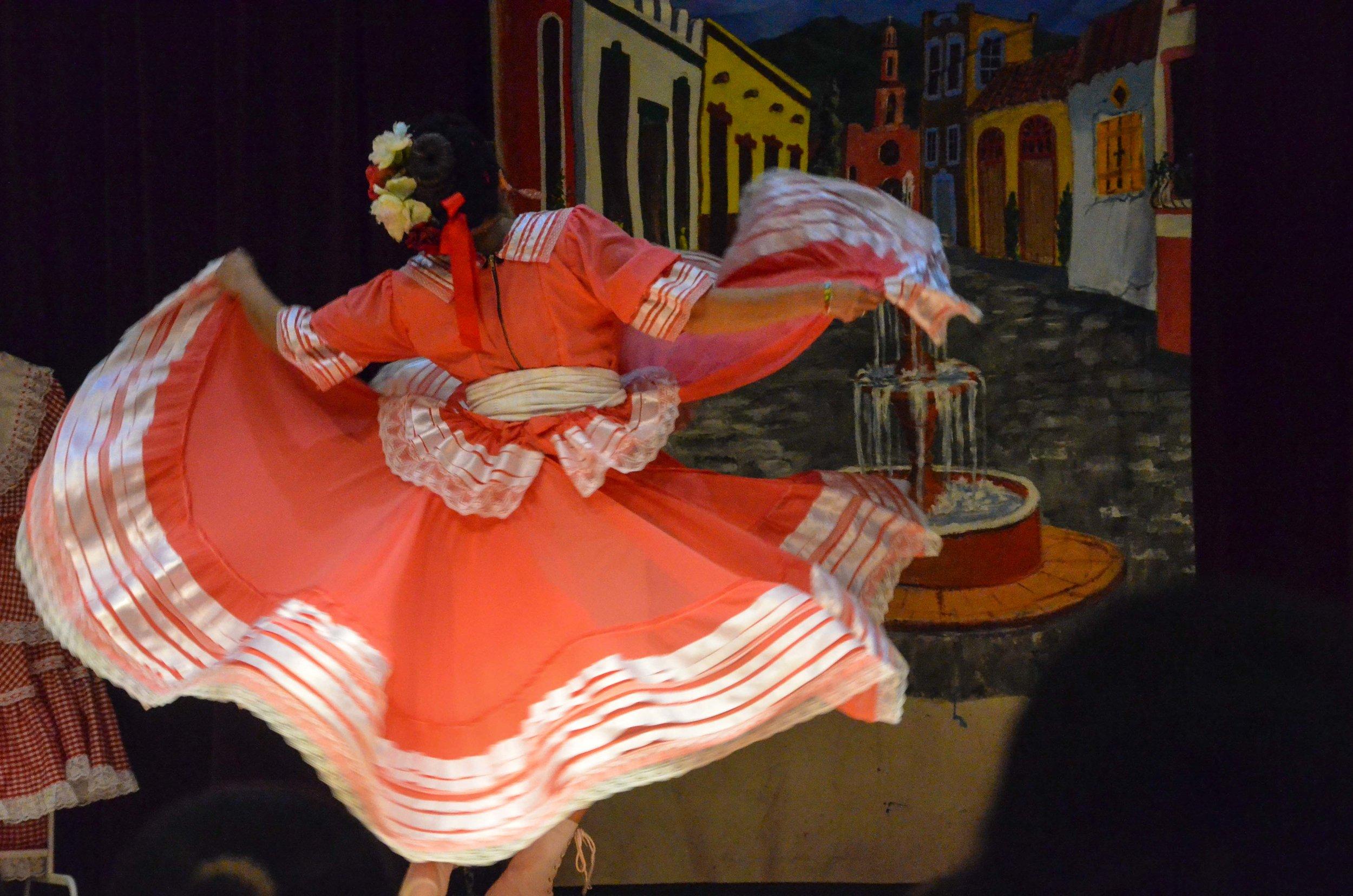 Ballet Folklorico-2.jpg