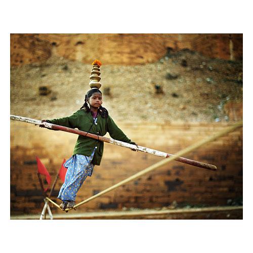 Tightrope walking, Jaisamler, India. Image © Bruce Percy 2009.