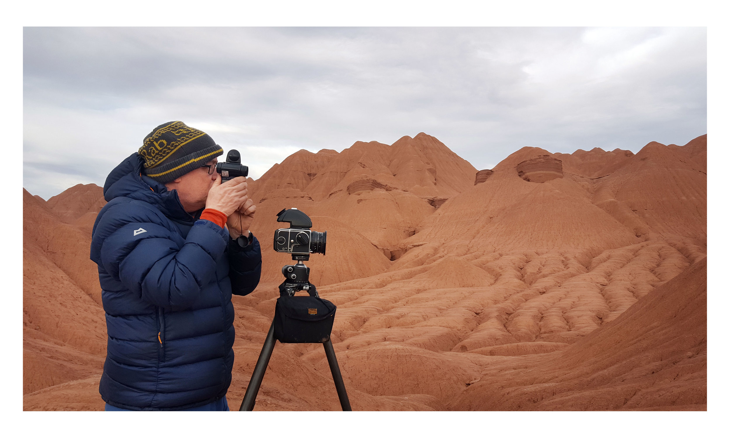 Spot-metering the desert in Argentina, April 2017