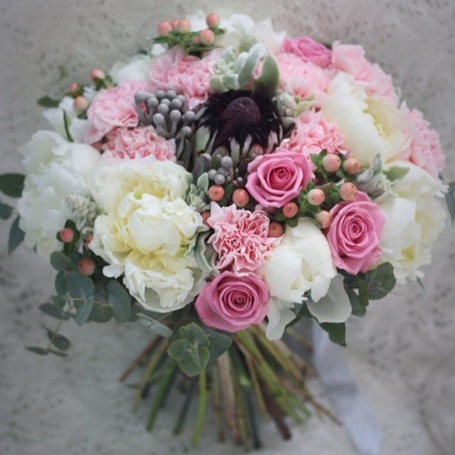Уехал на свадьбу гулять / les bouquets sur le commande, Paris 06.50.08.16.09