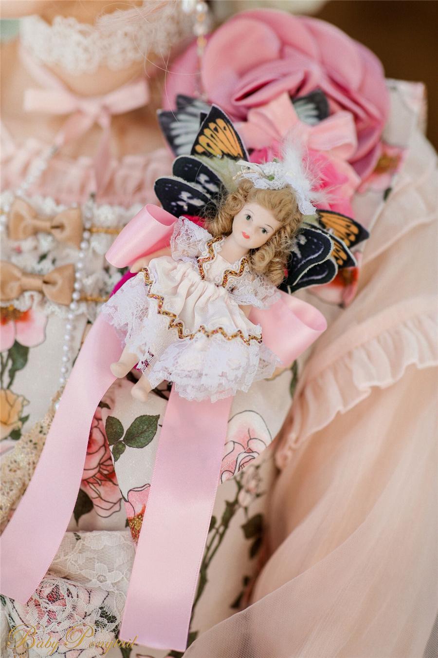 Polly's Garden of Dreams_Model Photo_Ivory JSK_Kaka_02.jpg