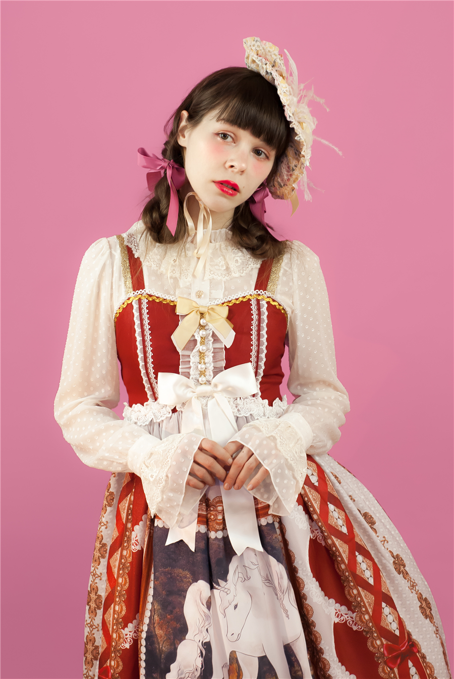 Baby Ponytail_Model Photo_Lacy Rose_White_Claudia_02.jpg