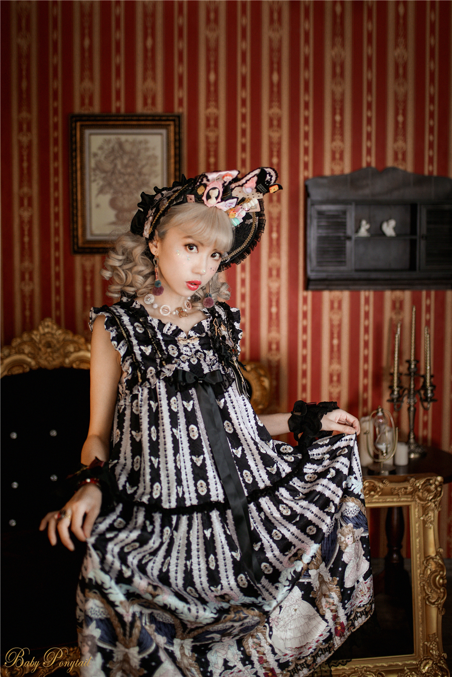 BabyPonytail_Model Photo_My Favorite Companion_NG Black_Kaka_1_5.jpg