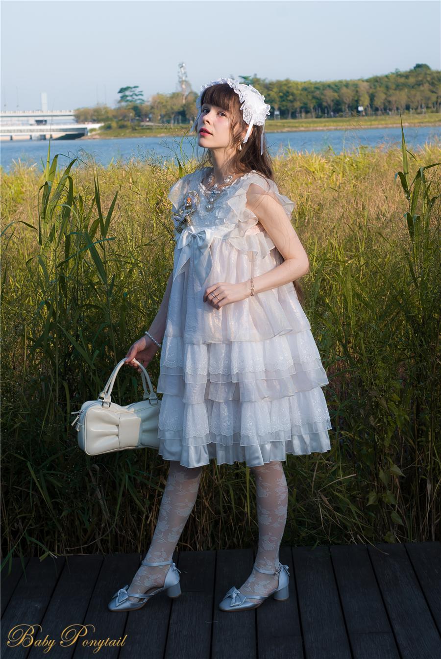 BabyPonytail_modelclaudia_Present Angel White JSK park05.jpg