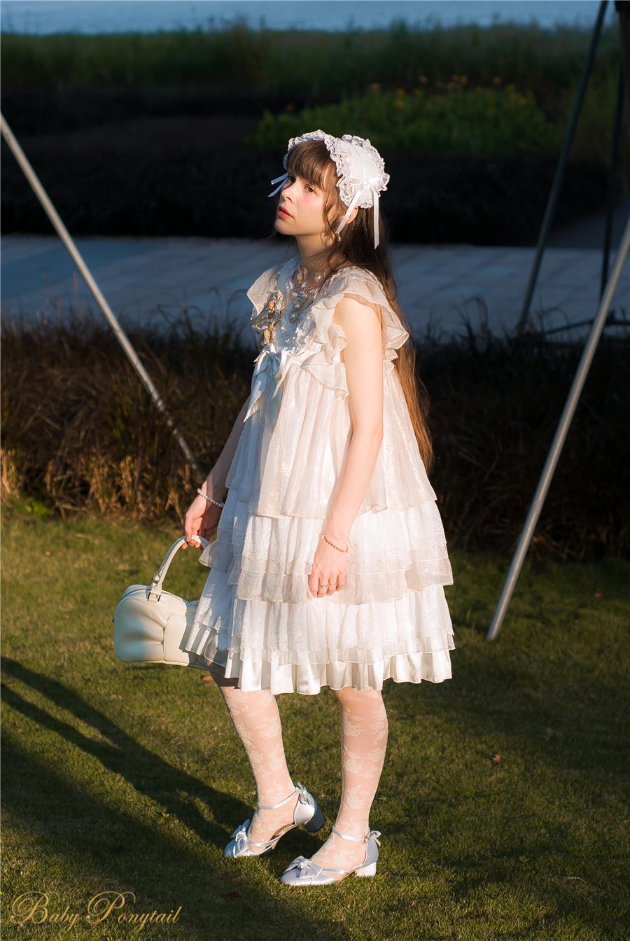 BabyPonytail_modelclaudia_Present Angel White JSK park10.jpg