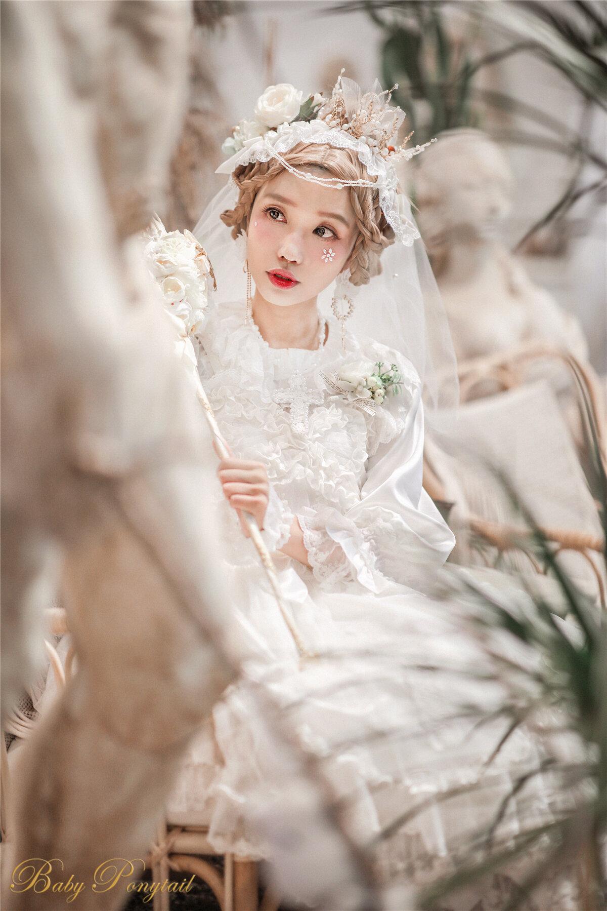 Babyponytail_Heavenly Teardrops_Model photo_JSK white_kaka_21.jpg