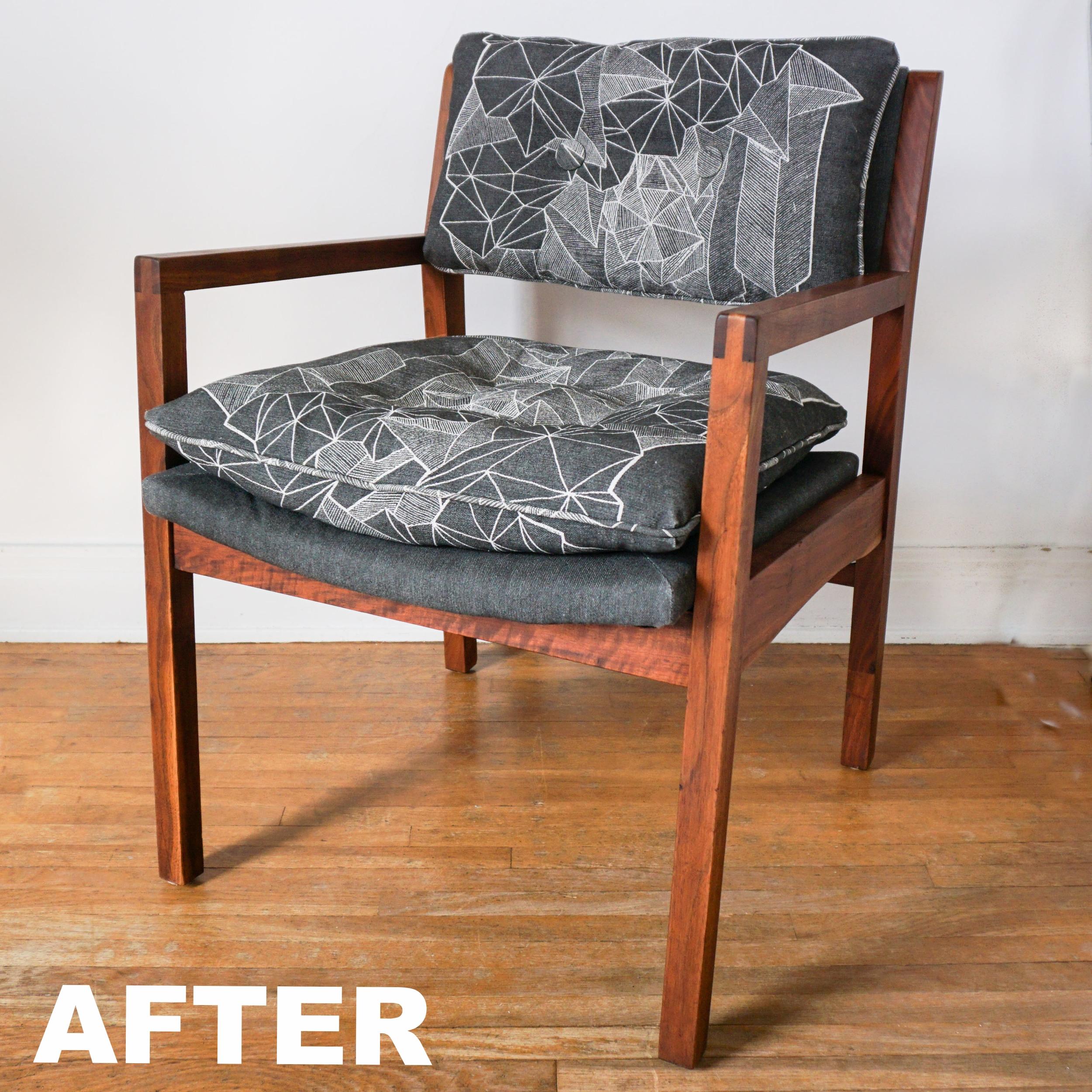 Downtown Sprawl Conversation Chair, A Circle Home