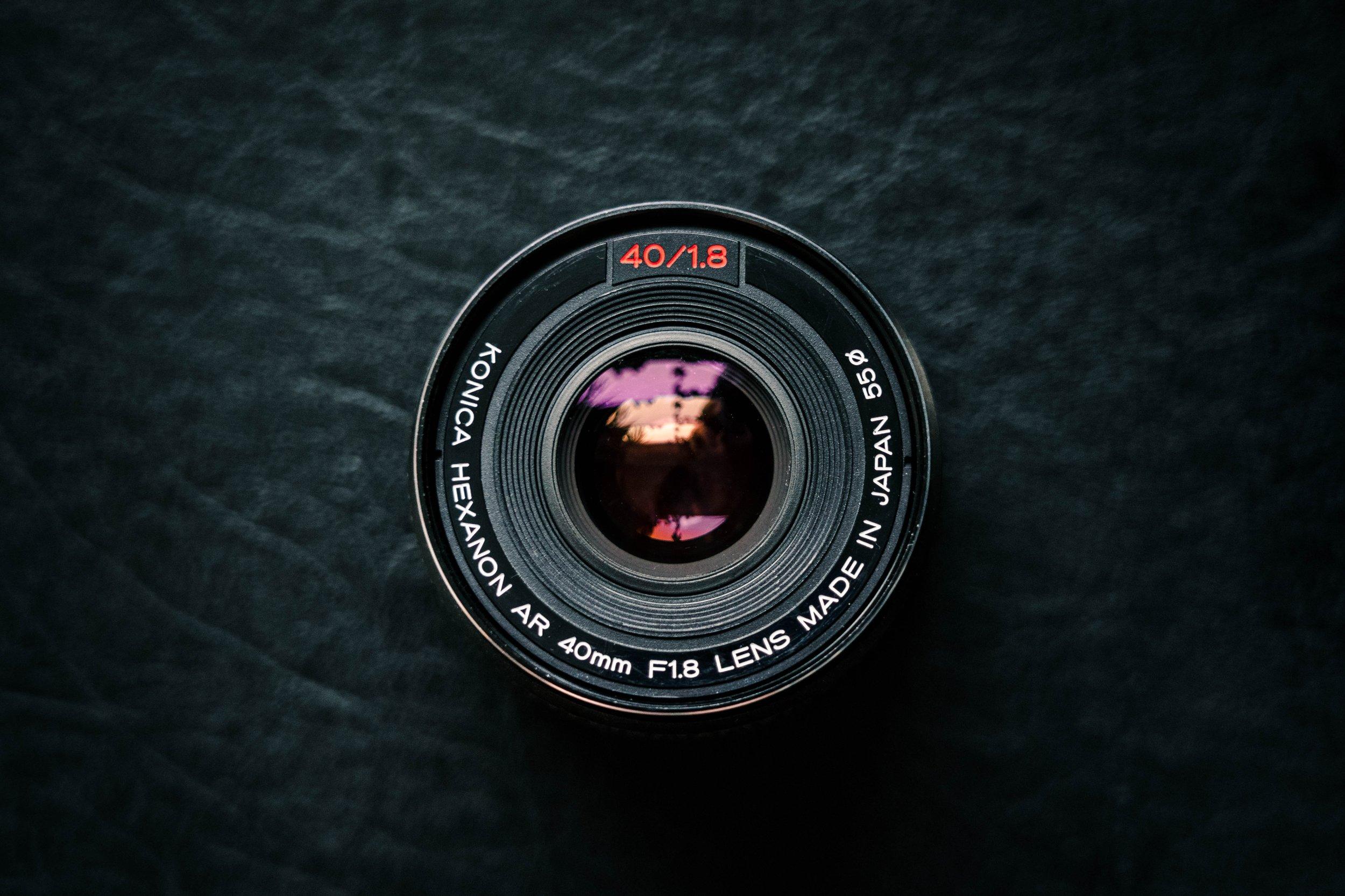 camera-lens-electronics-equipment-1707728.jpg