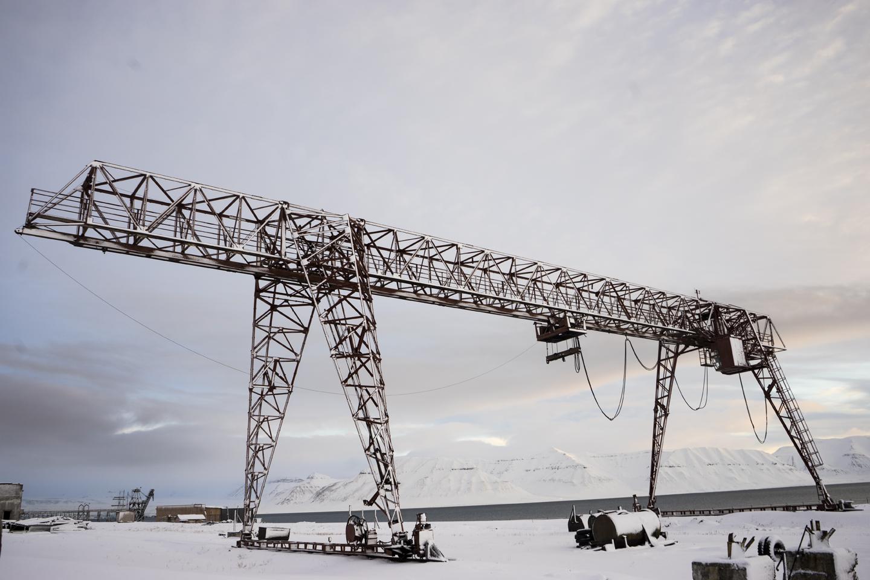 Pyramiden Crane: 78˚39 N, 16˚23, 2015