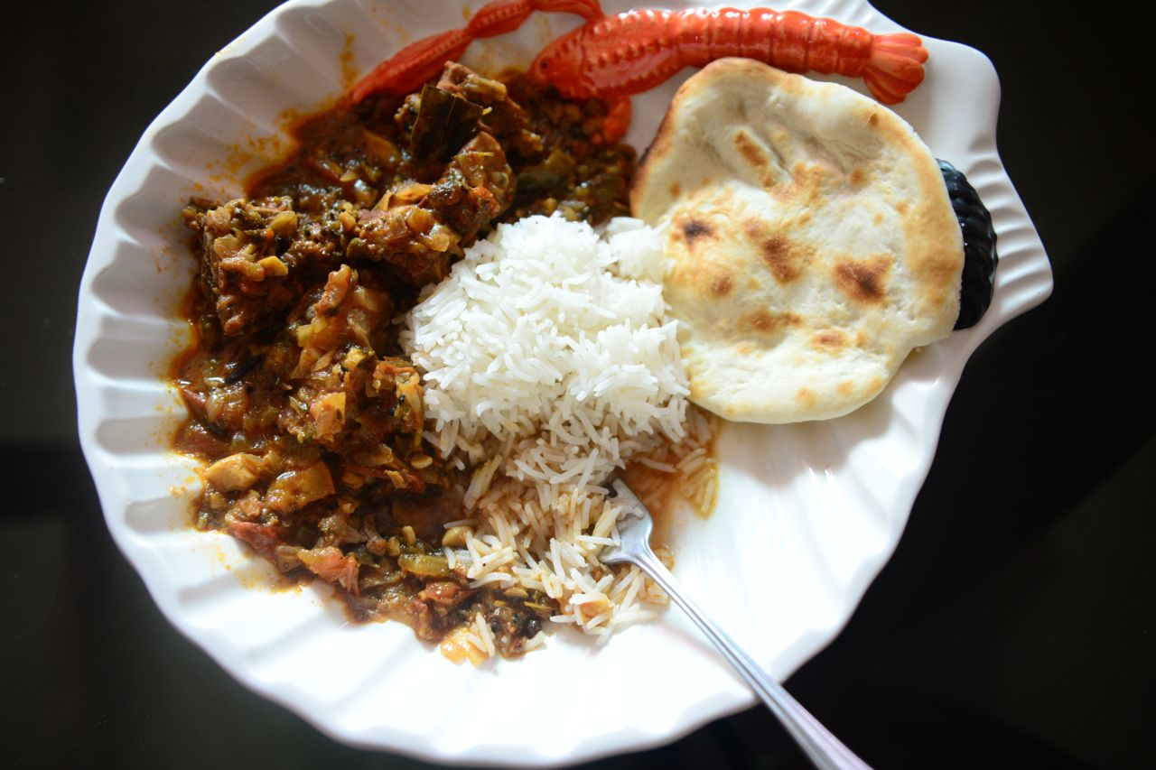 A re- take on the very first recipe on the blog. Here its a mutton raan curry.
