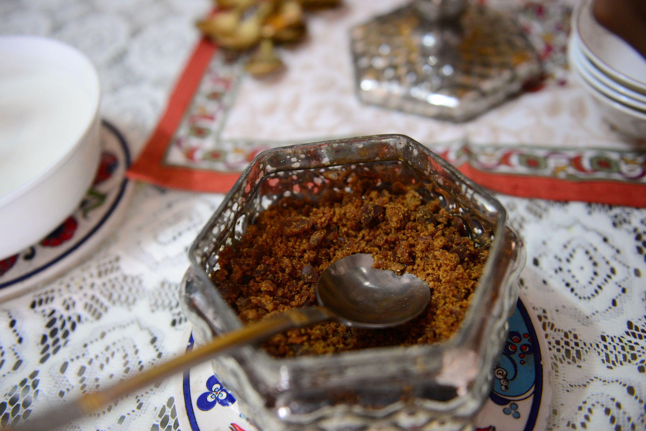 Sprinkle some homemade gud -(outstanding)