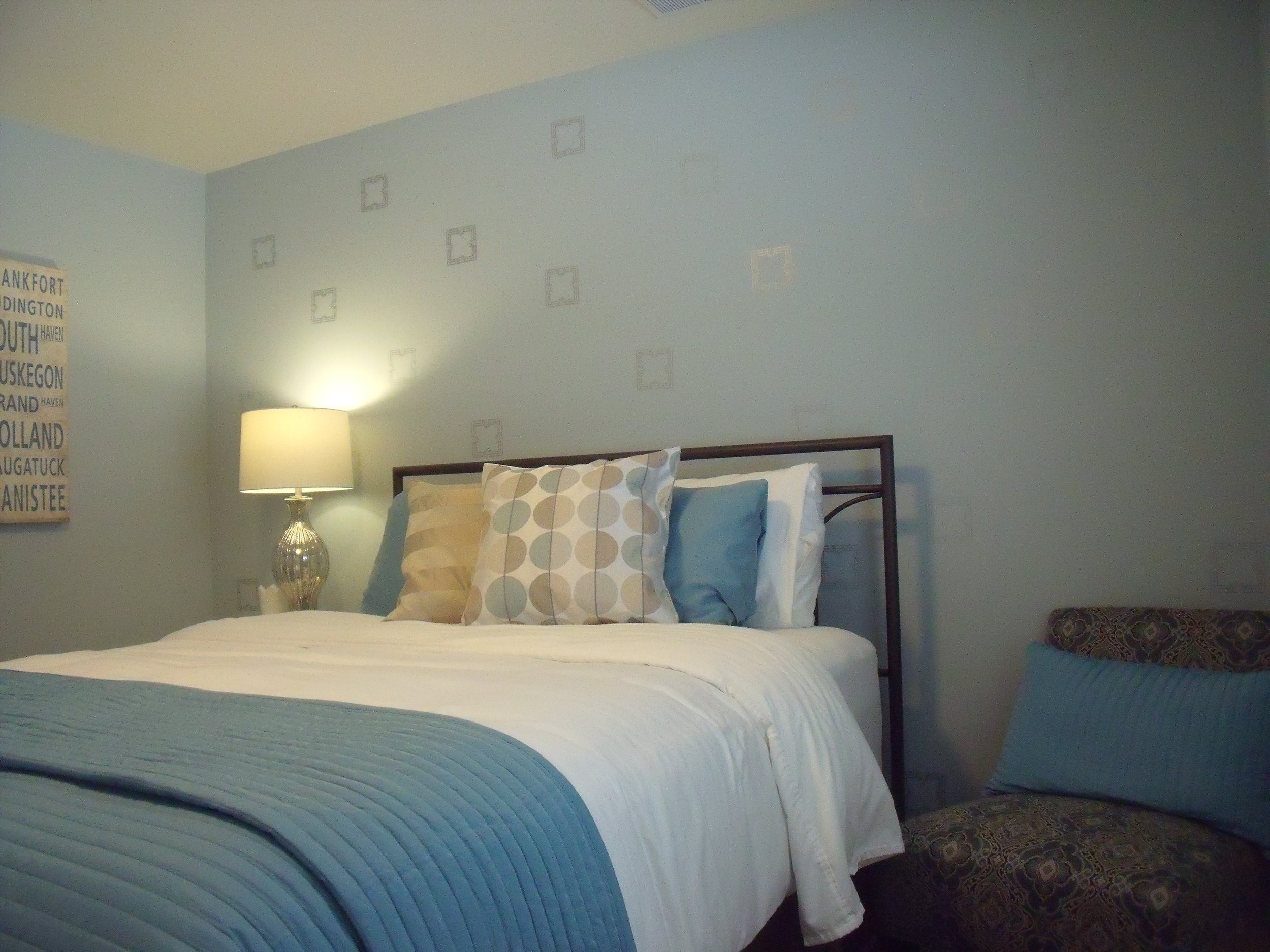 Lydia's Retreat… - contemporary, cozy room with hints of the traditional. The Retreat is accented in calming colors of icy blue, taupe, & silver. It also has a small fireplace for that romantic touch or a little extra warmth. Roomy closet to store all your personal items, along with a large full bathroom with tub/shower just steps away (sometimes shared with Mayme's Hideaway) . Located on the ground level. $75-$115.