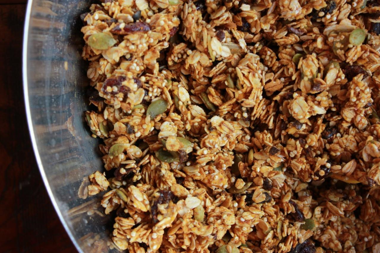 Pumpkin Oat and Quinoa Granola08.jpg