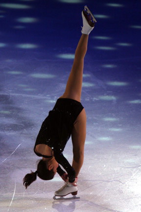 Sasha Cohen's hammies are super tight, poor girl so inflexible!!!! Image  source