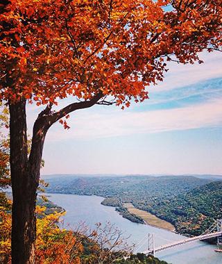 201410-ss-fall-foliage-hudson-valley.jpg