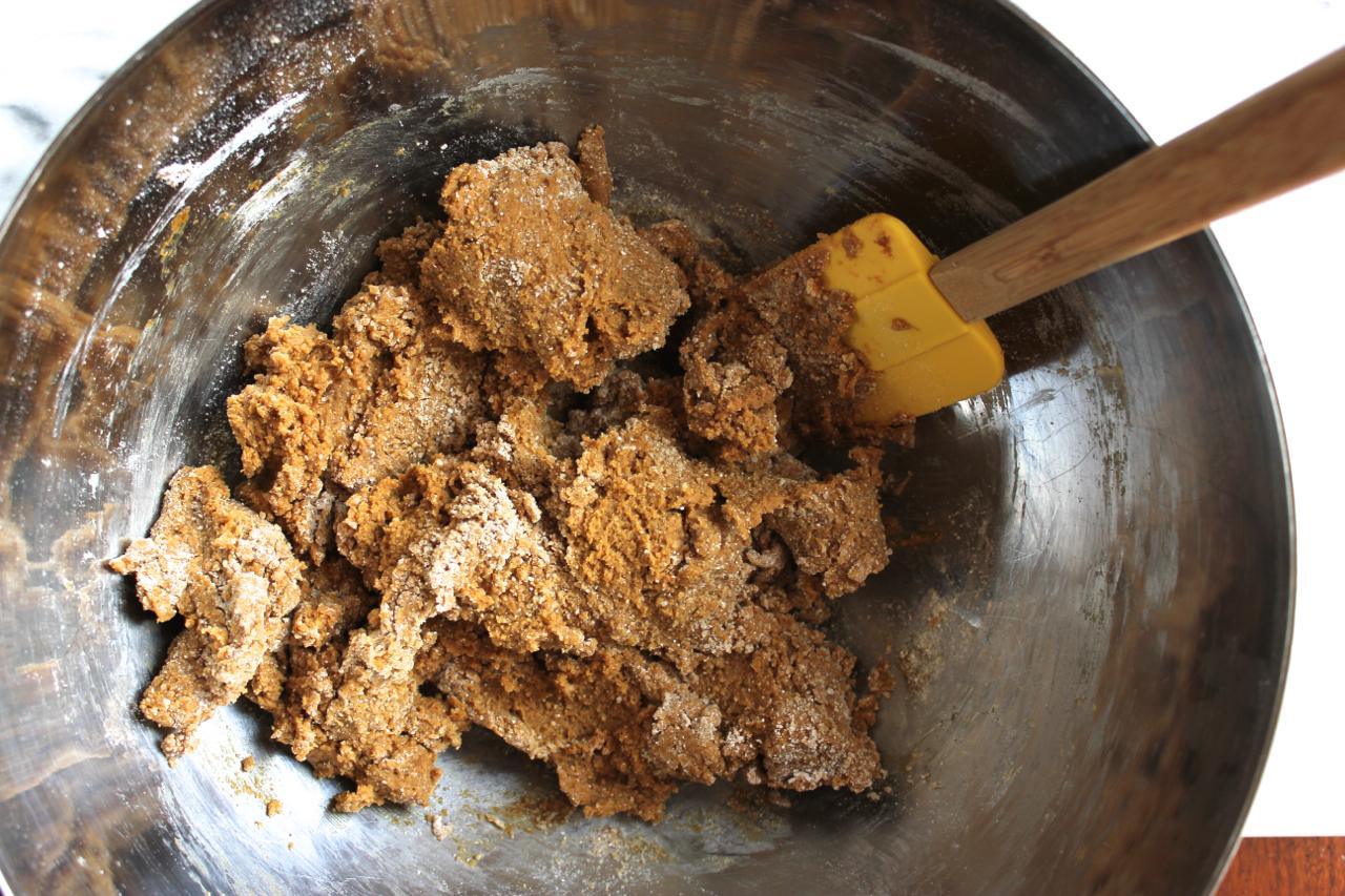 Gluten-Free Gingerbread Men Cookies | Living Minnaly05.jpg