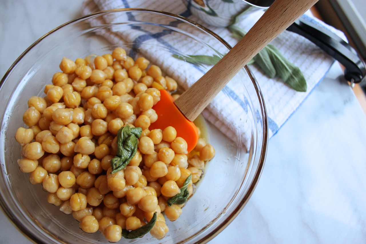 Sage Maple Roasted Chickpeas | Living Minnaly3.jpg