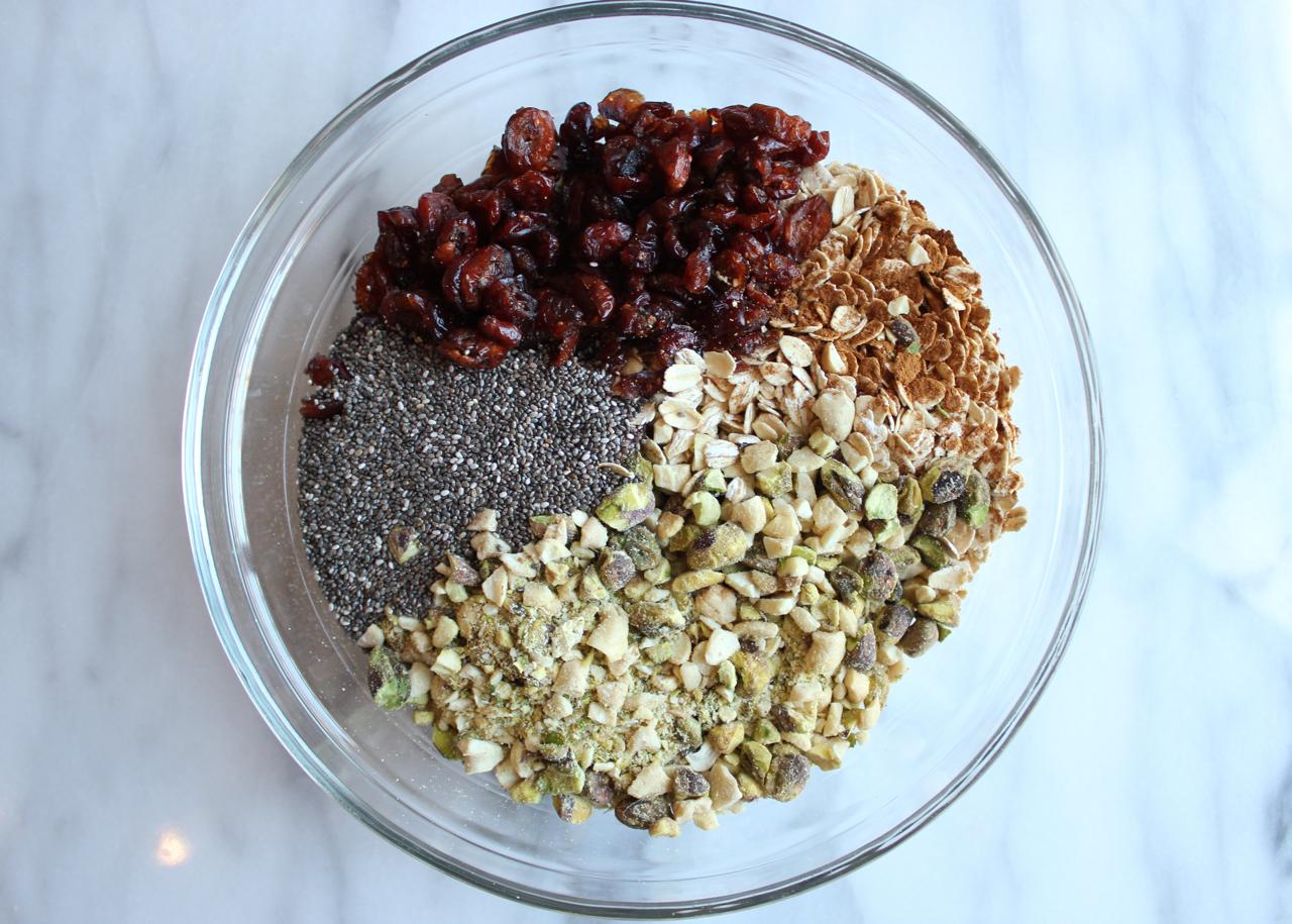 No-Bake Peanut Butter Pistachio Granola Bars | Living Minnaly05.jpg