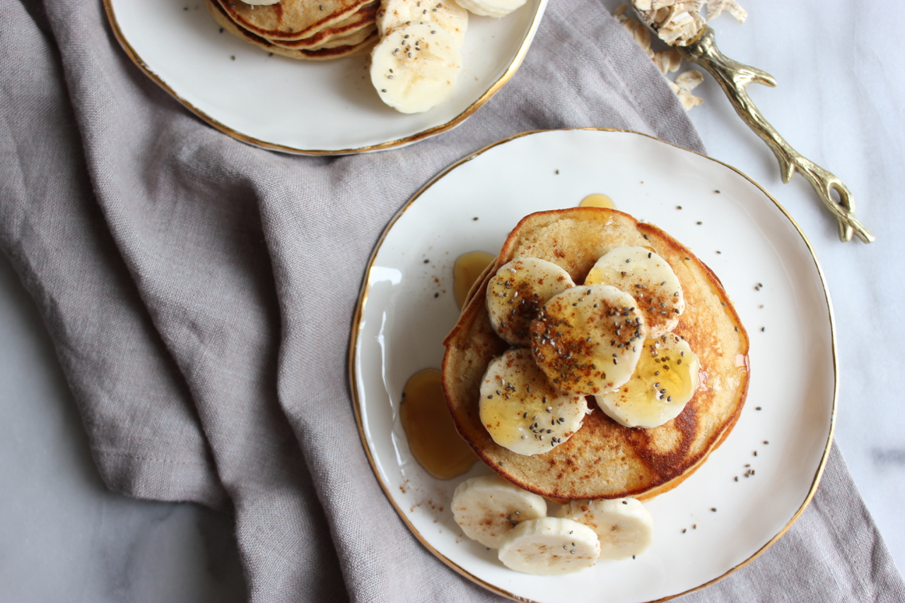 Apple-Cinnamon Oat Pancakes | Living Minnaly09.jpg