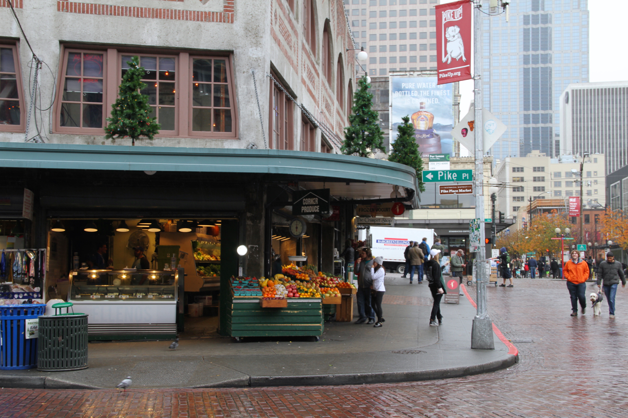 Seattle | Living Minnaly04.jpg