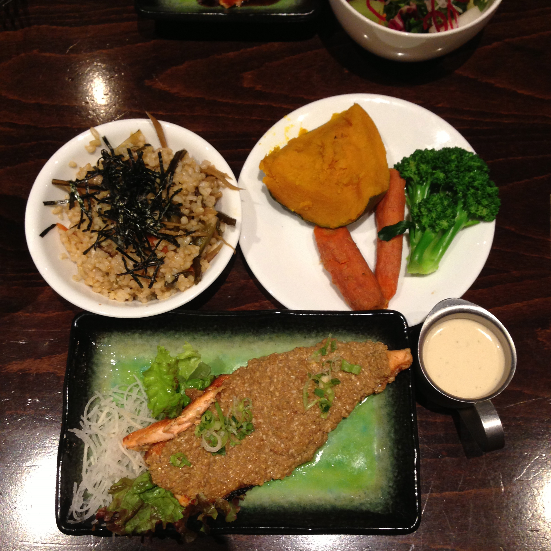 Broiled Salmon w/okabe, steamed vegetables, maze rice, sesame dip.