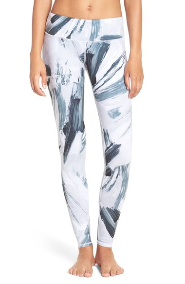 New Year New Gear Workout Clothes - Leggings | Living Minnaly1.jpg