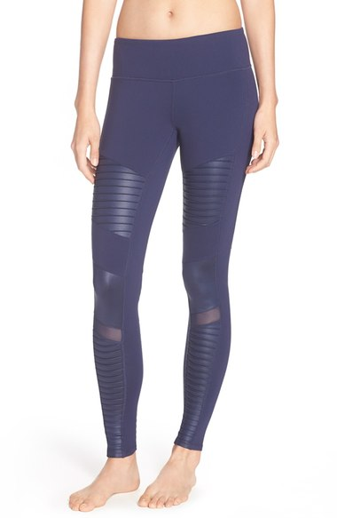 New Year New Gear Workout Clothes - Leggings | Living Minnaly6.jpg