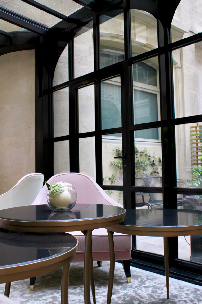 Where to Stay in Paris- Le Narcisse Blanc | Living Minnaly - 33.jpg