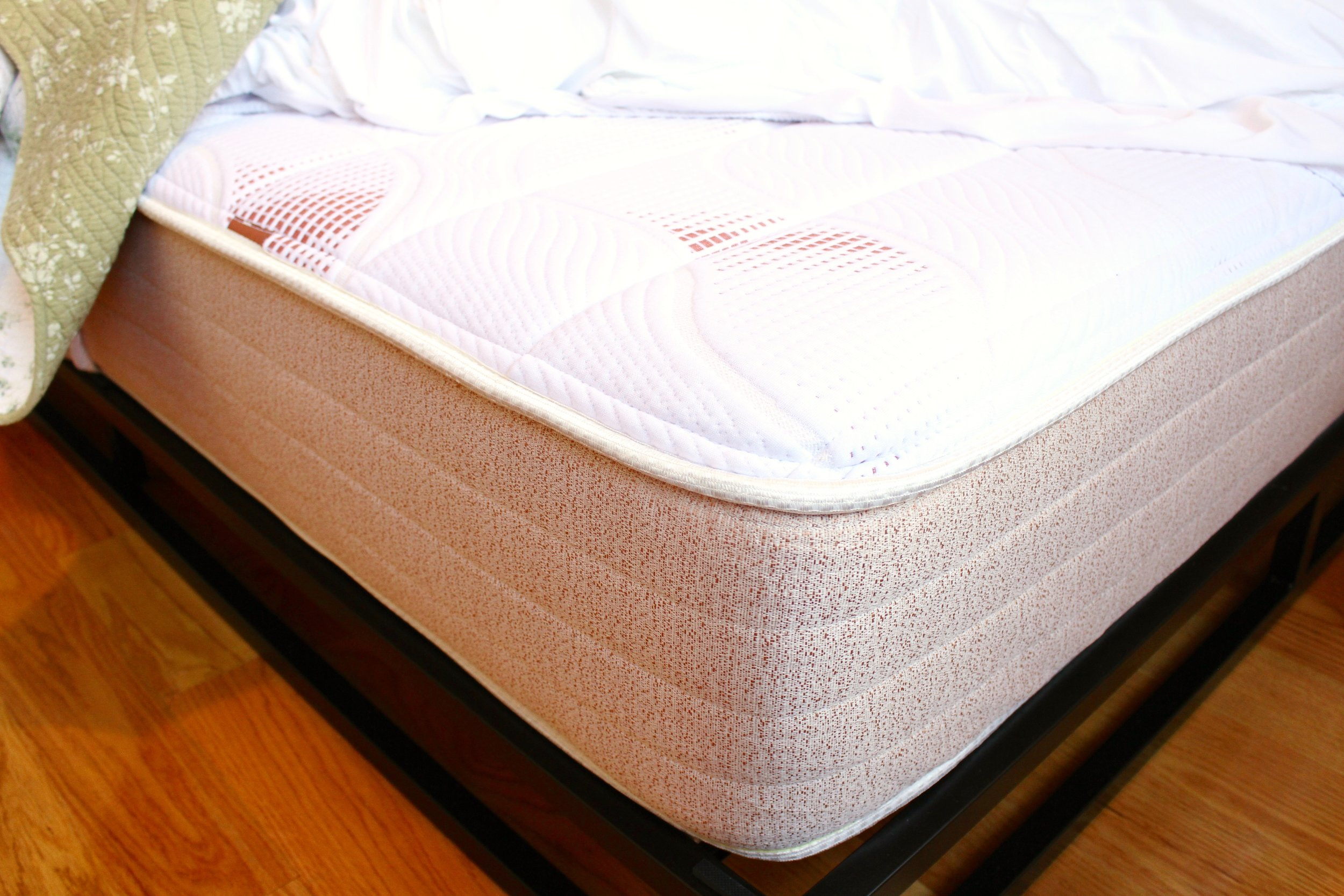 Settling my Mom into Brooklyn with Pangea Bed | Living Minnaly __8.jpg