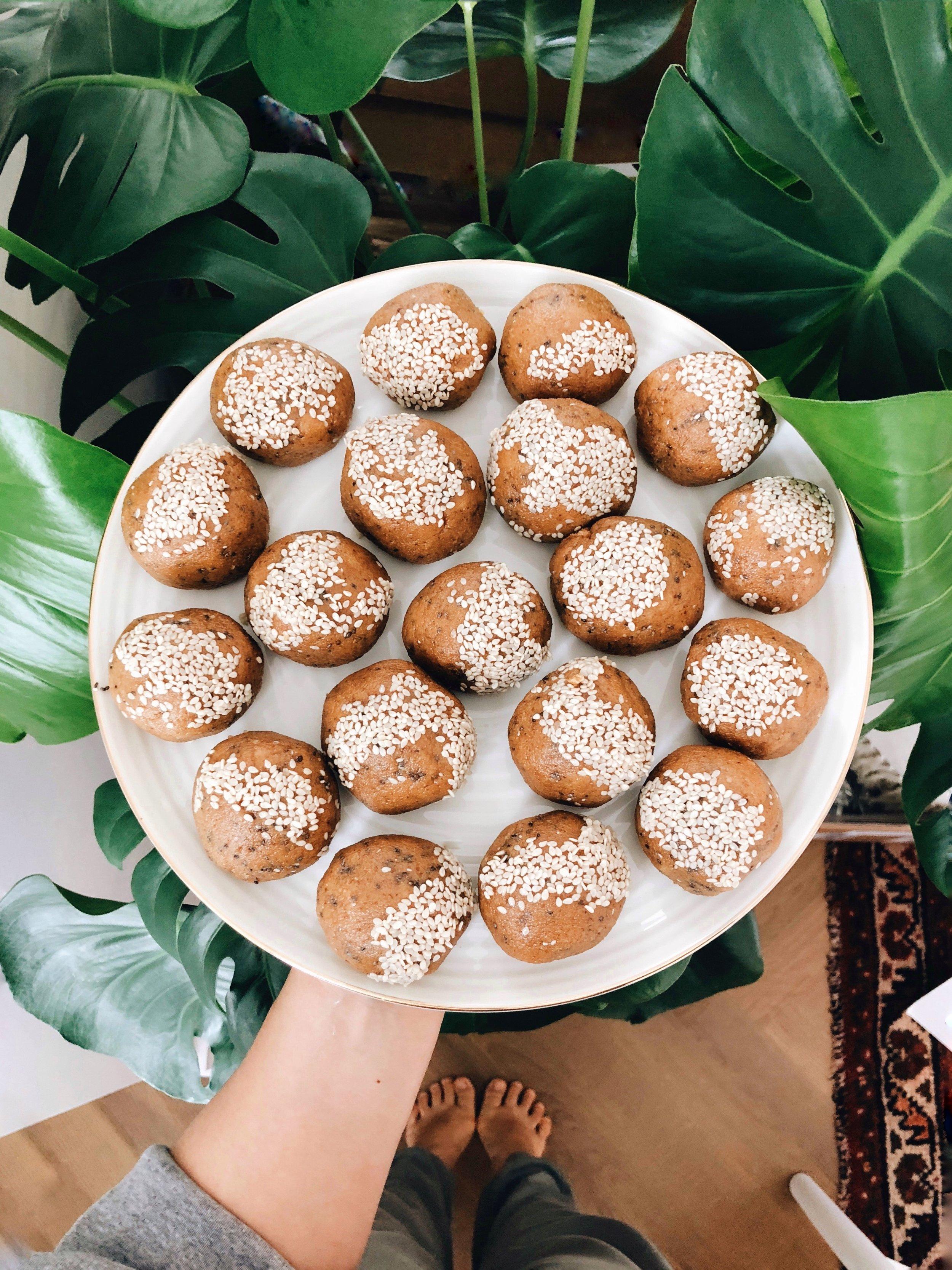 Sesame Tahini Walnut Fat Balls | Living Minnaly _2.jpg