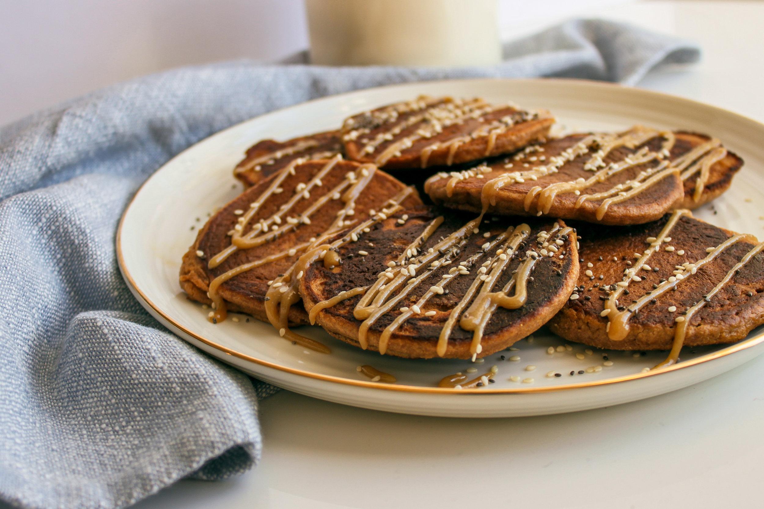 Apple Cinnamon Tahini Oat Pancakes | Living Minnaly __16.jpg