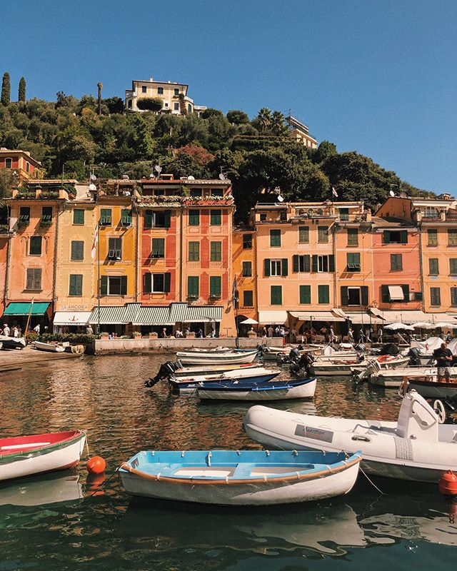 I may not be in Italy anymore but my body is still waking up on Italy time and wanting pasta by noon. so here is a picture of Portofino, because that's clearly where my mind is 🤪 · on another note, I kind of can't believe it's mid-September already and I'll be completing another year around the Sun in less than 2 weeks.  in some senses, it feels like life is flying by way too quickly lately, but I am actually quite proud of myself for how present I've been feeling and for how much I'm boldly leaning into the happy joys lately. I used to only feel a diluted version of joy because that's all I would let myself feel; for fear that it would hurt all too much if it were to be taken away. I'm glad I've decided that's not how I want to live my life, because life's joys are really something when you let yourself soak it all in, in full.  so while life feels like it's speeding by, it no longer feels like it used to; as if it were whipping around my head, too hard to even recognize moments before they flew by.  it now feels like hugging the good stuff, and being okay with letting it go because you really felt that real hug, and you are choosing to trust that there are more embraces coming.  #currentthoughts #wordsbyMi #TravelingMinnaly