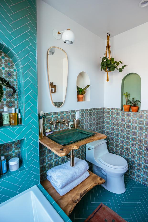 LR-Justina-Blakeney-Bathroom-42.jpg