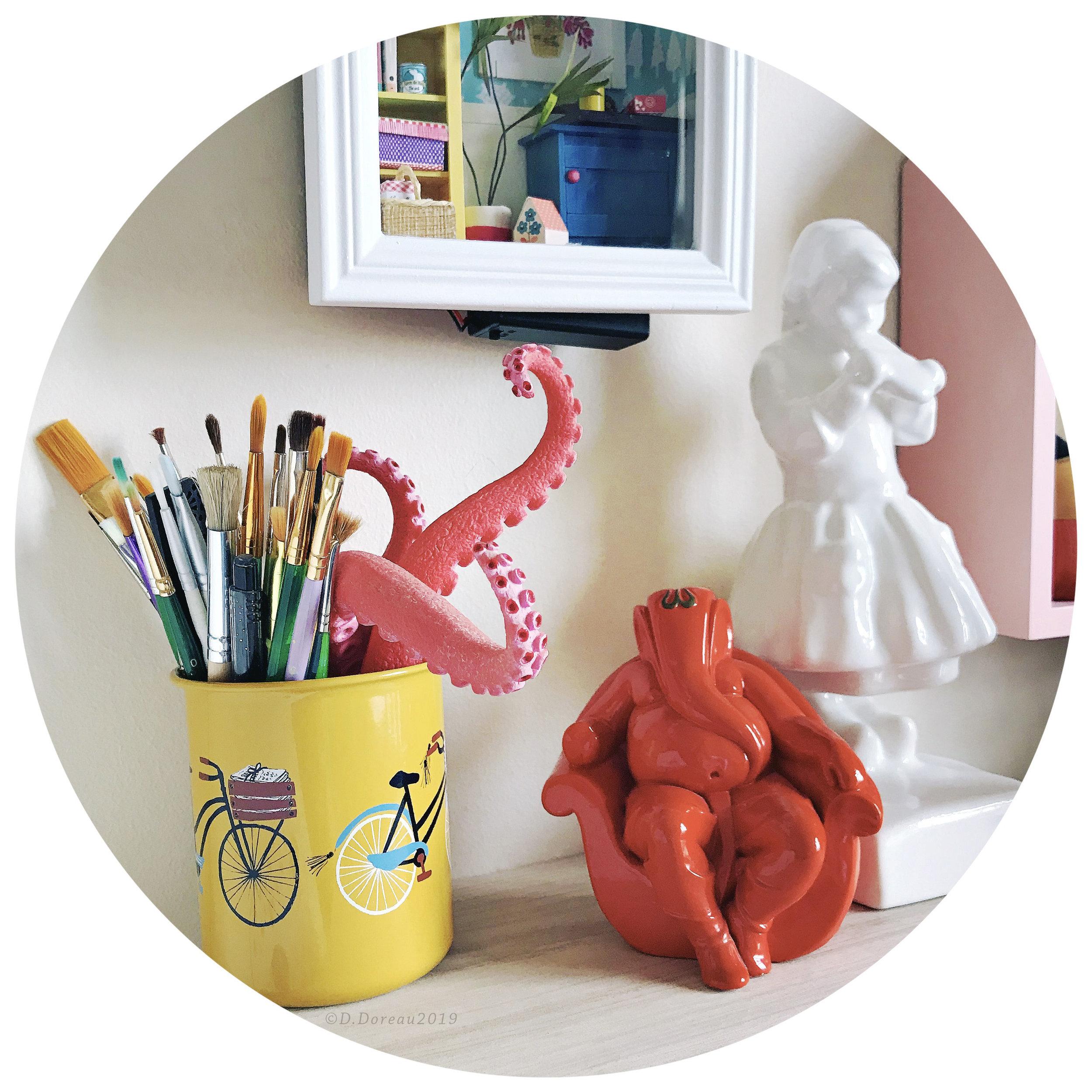 Souvenirs de voyage : tentacules de Santa Monica, Ganesha de Goa, tartine bretonne par Henriette Porson.