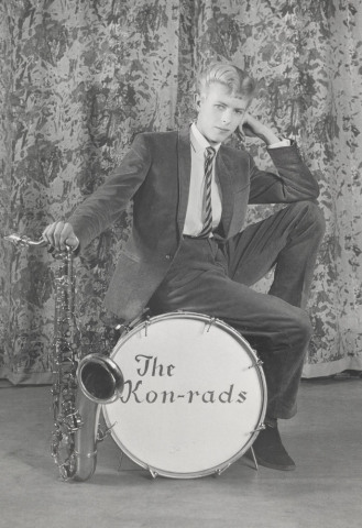 promotional_shoot_for_the_kon-rads_1963-_photograph_by_roy_ainsworth-_courtesy_of_the_david_bowie_archive_2012-_image__va_images.jpg