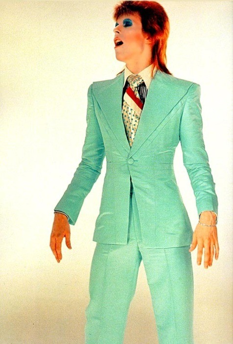 young-80s-david-bowie-turquoise-suit.jpg