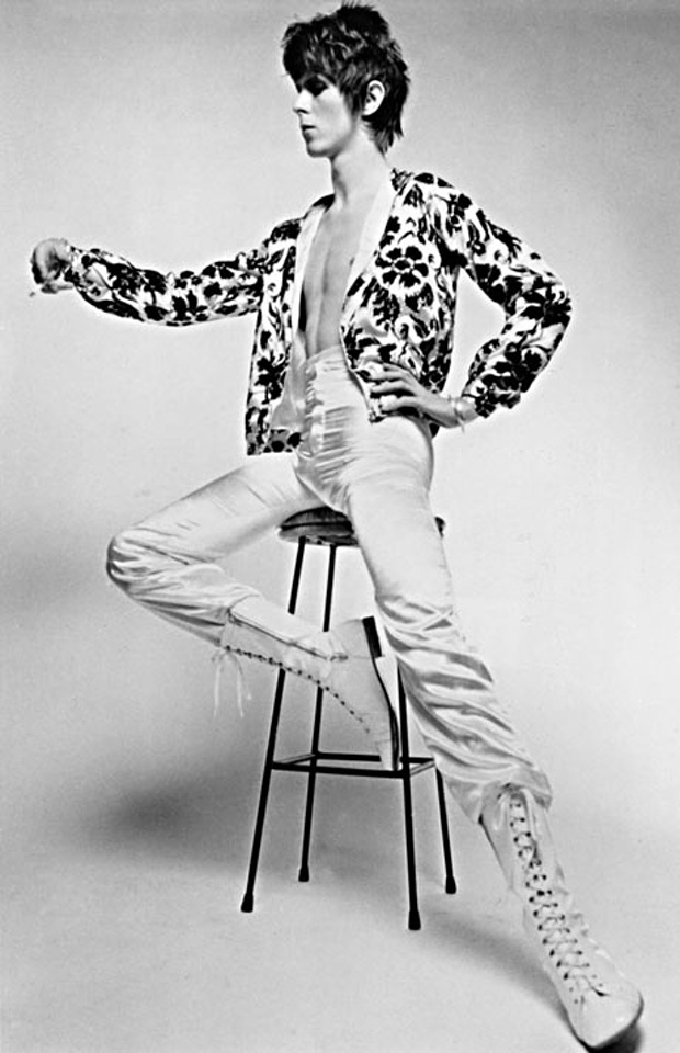 David-Bowie-in-a-bomber-j-001.jpg