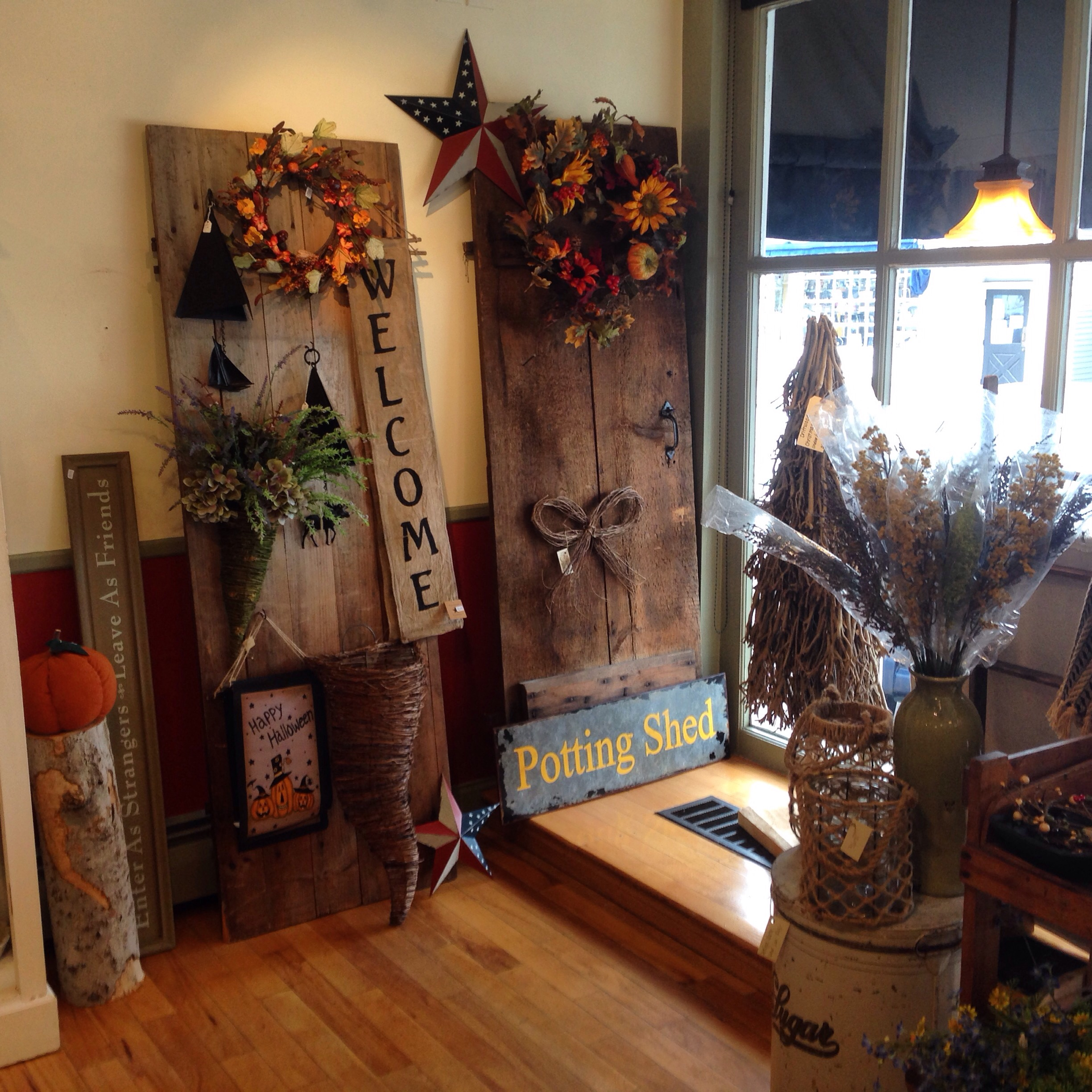 The Straw Cellar - rustic decor and gifts in the heart of Wolfeboro, NH
