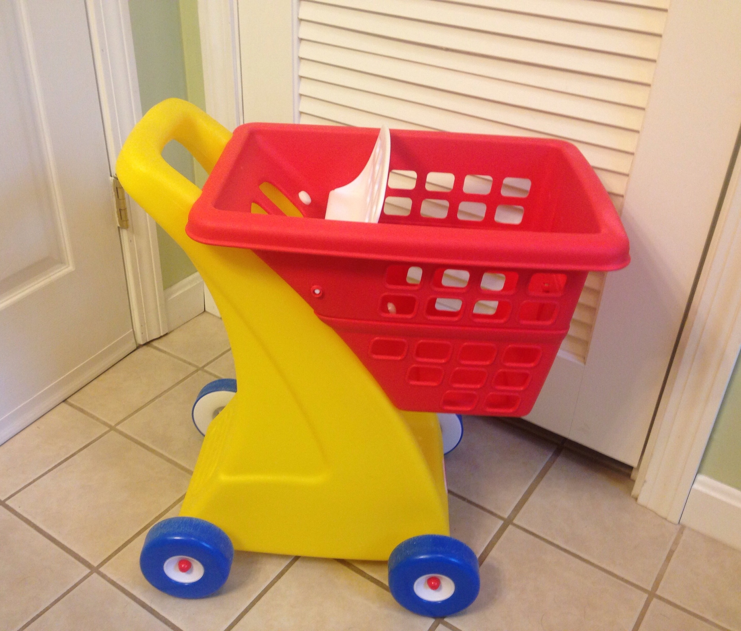 Free Little Tikes Shopping Cart from Pampers Rewards!