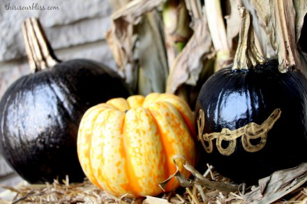 DIY Pretty Porch Pumpkins