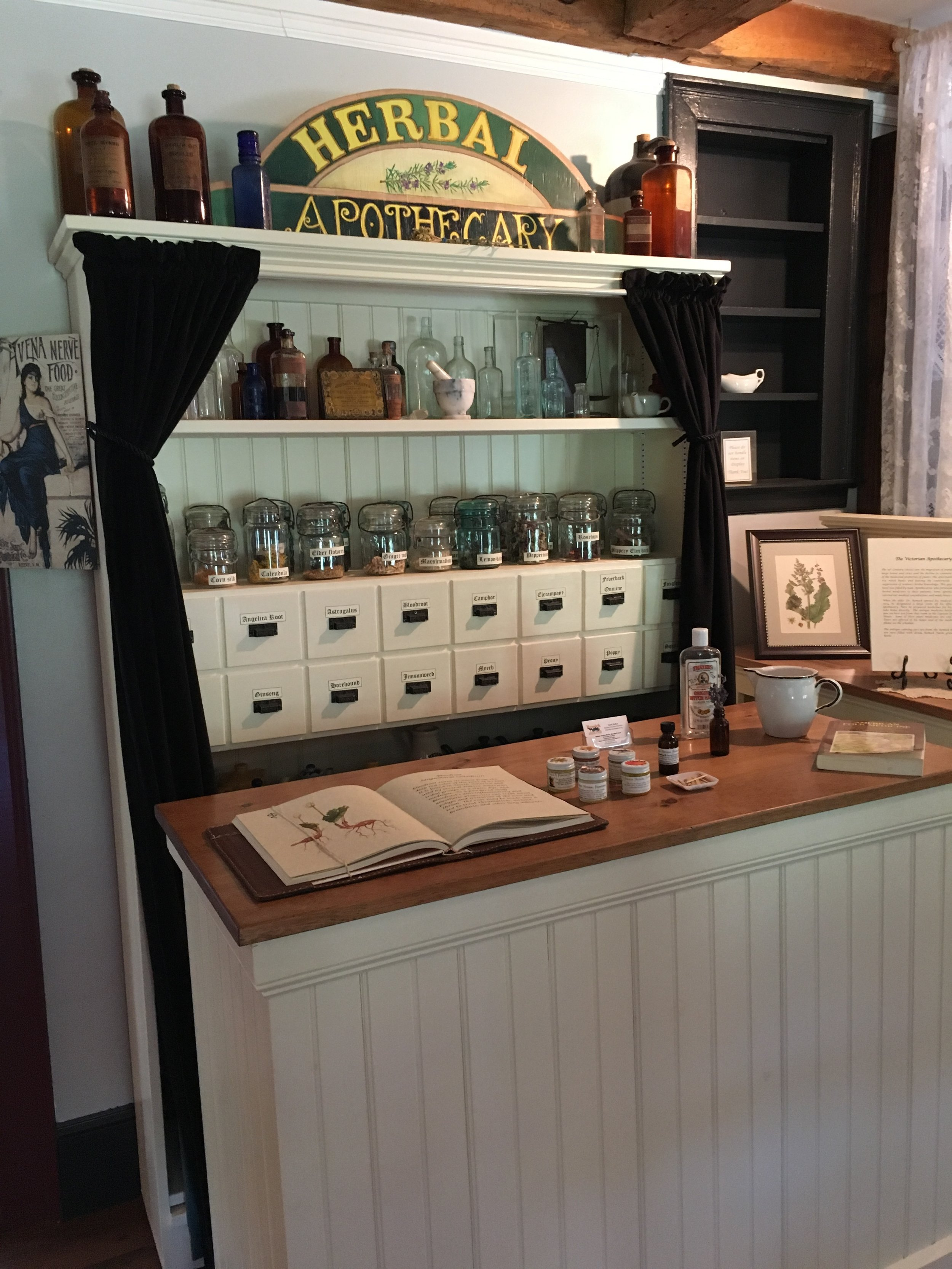 Remick Farm Museum - historical doctor items